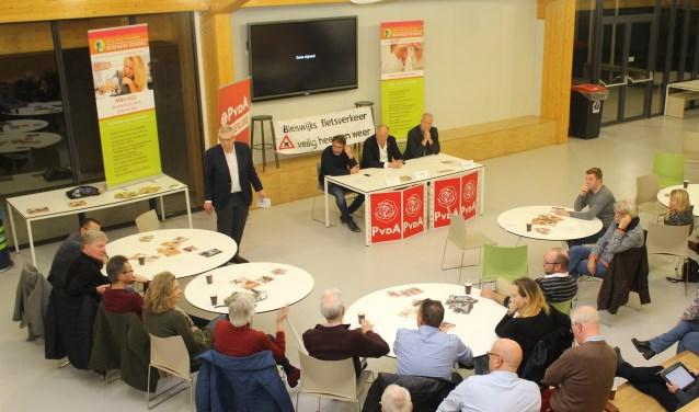 Het debat vond plaats in de aula van Melanchton Businessschool in Bleiswijk.