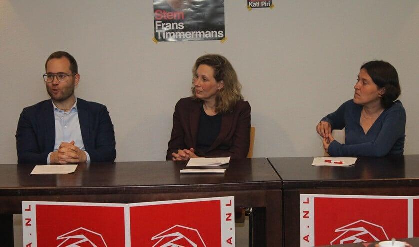 Europarlementariër Kati Piri (geheel rechts) was ook van de partij bij het debat in Lansingerland.