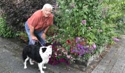 De heer Joseph Hendrikus Tournier met hond Bjoet Foto's: Lydia van Haasteren
