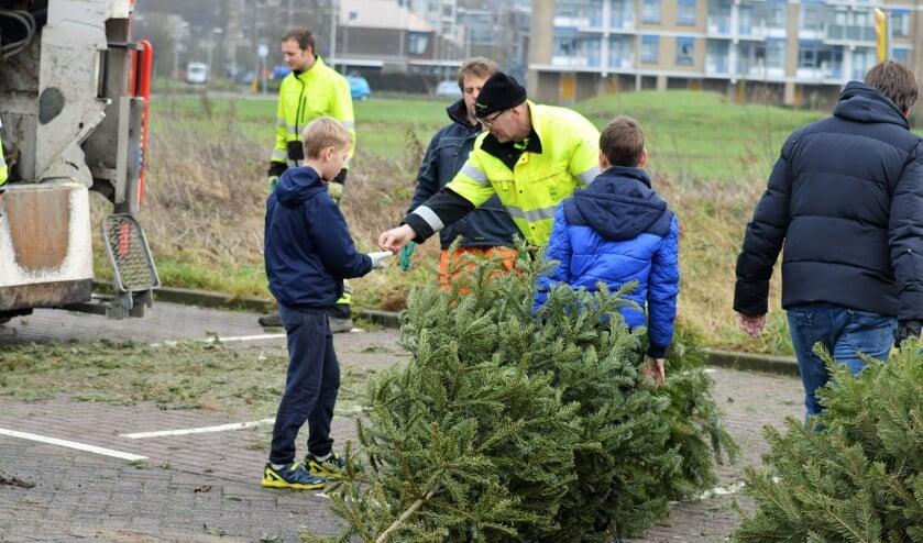 Kerstbomen kunnen weer voor 50 eurocent ingeleverd worden