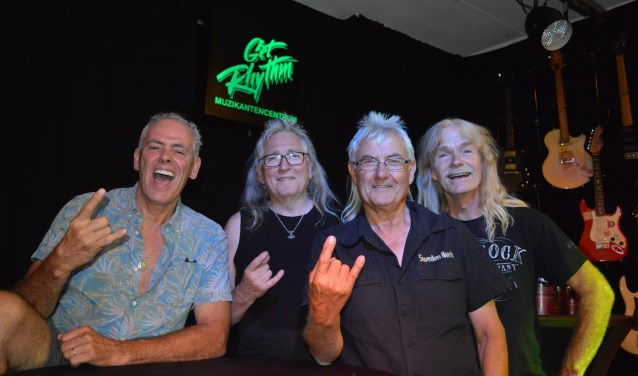 Het hedendaagse Picture met v.l.n.r. Ronald van Prooijen,Laurens Bakker, Rinus Vreugdenhil en Appie de Gelder bij Get Rhythm. Gitarist Jan Bechtum ontbreekt op deze foto.