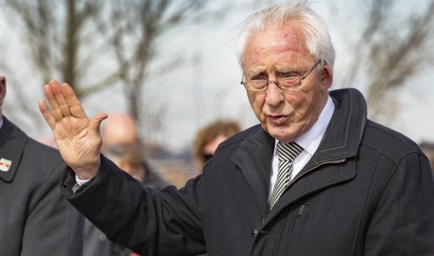 Dominee Taselaar leidde in Barendrecht vele tientallen uitvaarten.