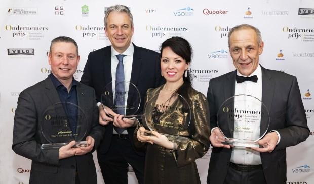 De prijswinnaars: Berend de Jong (Espresso Service Repair), Robert van Wijngaarden (Timmerfabriek De Kievit Ridderkerk), Kim Tchai (Tchai International) en Gerrit van Gelder (Van Gelder Groente en Fruit).