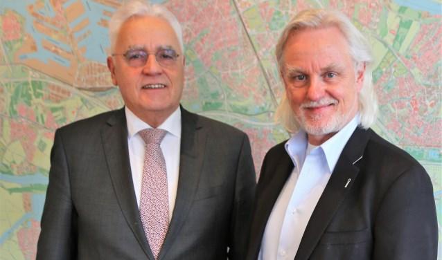 Wethouder Cees Schaap en Albert van Winden, directeur van BAR-Afvalbeheer.