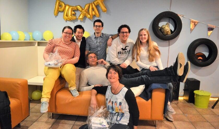Het PleXat bestuur met de afzwaaiende Marieke van Beuzekom en Ilse Quist