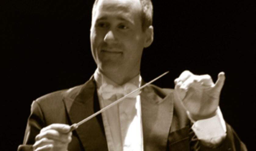 Jean-Pierre Gabriël heeft op 11 mei het eerste optreden met Ridderkerks Symfonieorkest