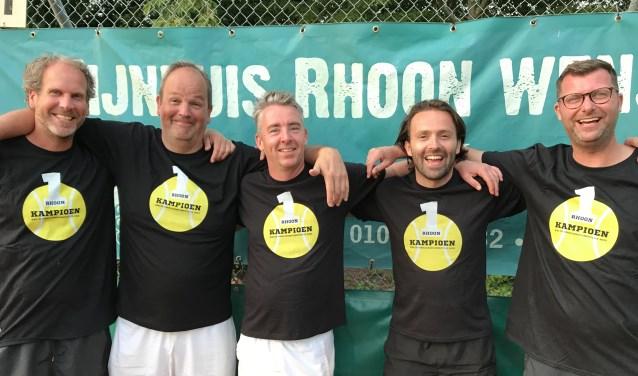 V.l.n.r. Marco van den Tol, Marc van der Veen, Dennis de Jong, Robin Hein, Jacco Remijn.. Foto Cor Boelhouwers