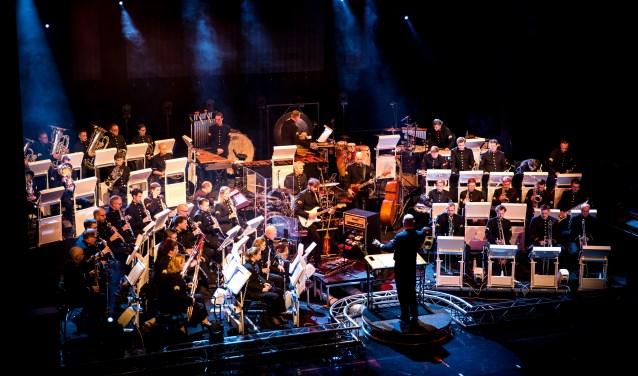 Relatieconcert waarbij het orkest van de Koninklijke Luchtmacht een optreden verzorgd in Stadschouwburg de Harmonie.