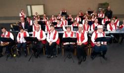 De Activoband is tijdens de aangepaste dienst in de kerk aan de Haven aanwezig om de dienst muzikaal op te luisteren.