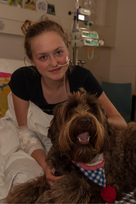 Michelle in het ziekenhuis  © Persgroep