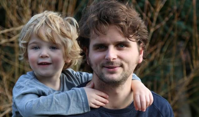Morrison met zijn vader Jorrit. foto: Inge Wielens