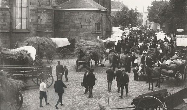 Huis aan huis enschede de oude markt honderd jaar geleden - Jaar oude meisje kamer foto ...