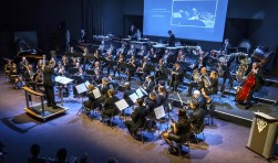 Het Grootorkest van de Dordtse Phil tijdens de concoursdeelname afgelopen zaterdag in haar eigen gemoderniseerd BeneVia muziekcentrum.