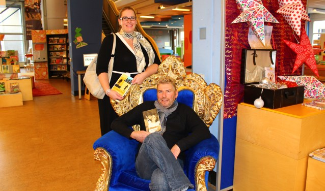 Arie van Driel en Jennefer Zuniga-De Jong schreven allebei een kontzakpocket. (foto: Margriet van Dam)