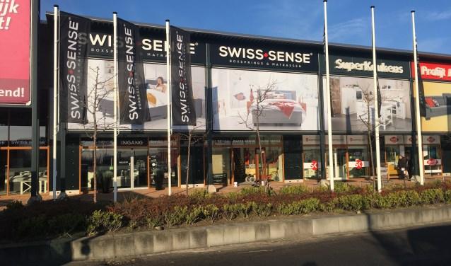 Topper Swiss Sense.Nieuwe Flagship Swiss Sense De Faam Nl