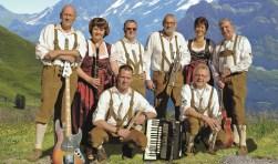 Die Slingetaler is een van de groepen die optreedt tijdens het muziek- en zangfestijn van de Winterswijkse Kegelbond.