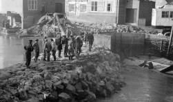 Tijdens de Filmdagen worden vooral oude beelden vertoond. Deze foto is gemaakt kort na de ramp, op Goeree-Overflakkee.