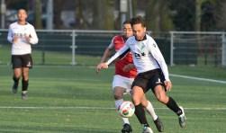 Slikkerveer wint met 0-2 van JHR. (foto: Roelie 't Jong)
