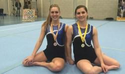 De zussen Manon en Amke wonnen goud en brons in Fijnaart