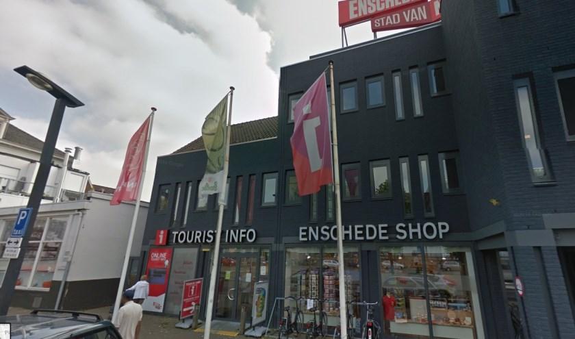 De Tourist Info Shop Enschede aan het Stationsplein sluit op 1 juli de deuren.