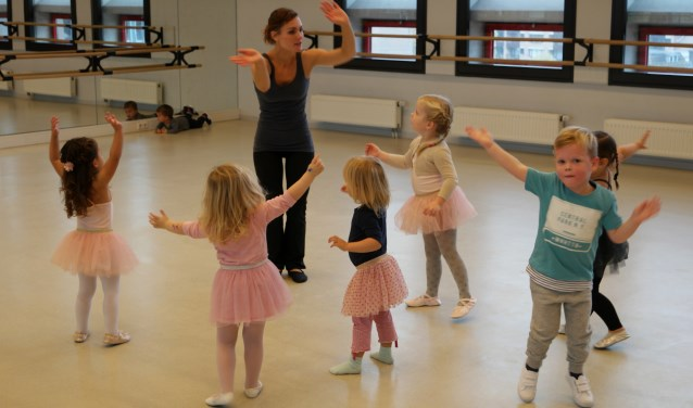 Peuters En Kleuters Vinden Dansen Leuk Bij Kaliber Thuis In Twente