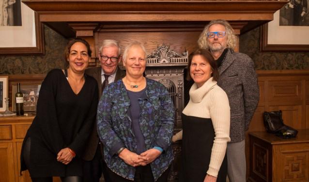 Ron, Marianne en Jacqueline (v.r.n.l.) zoeken met hun collega-Cellenbroeders naar een nieuw bestuurslid om hun ondersteuning aan de geestelijke gezondheidszorg voort te zetten.(Foto: Jimmy Israël)