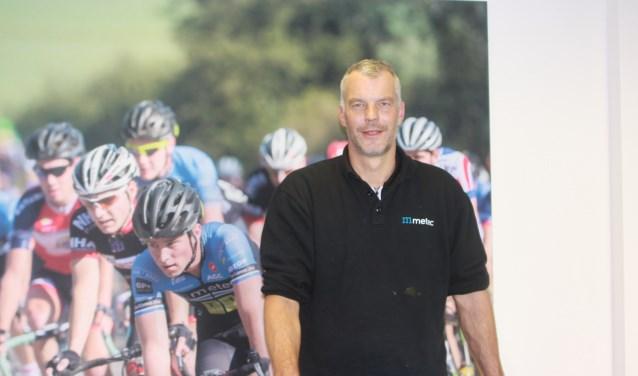 Oud-topsporter Michel Megens staat in Tiel en omstreken bekend als een fervent sportliefhebber en als teammanager van het Tielse Metec-TKH Continental Cyclingteam.