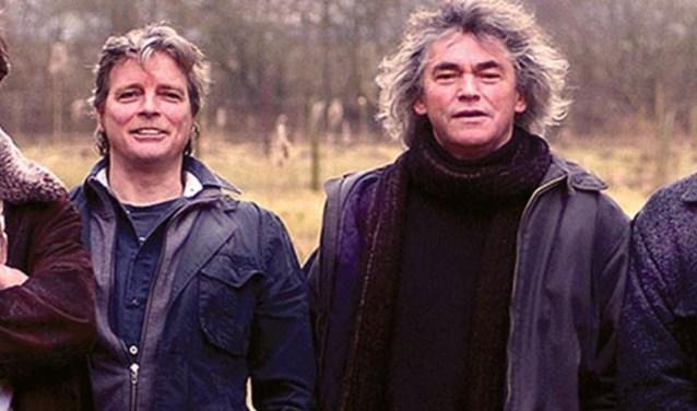 Willem te Molder (links) en Hans Keuper treden met Boh Foi Toch op in Eibergen.