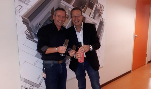 """Michel van den Burg (links) en Geert Robben zijn blij met de subsidie van 1,7 miljoen euro die het BIM5-project naar grotere hoogte moet brengen. """"Volgens de minister hebben we met onze aanvraag bewezen dat BIM5 bijdraagt aan vernieuwing van het onderwijs."""""""