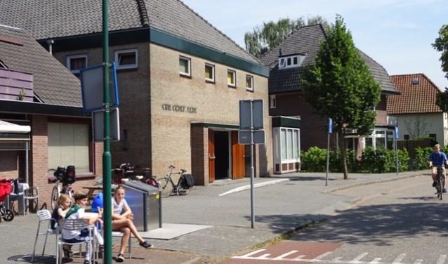 Stichting Vluchtelingkinderen met ondermeer de Eurowinkel zetelt vanaf begin 2018 in de Oranjekerk. FOTO: Jef Helmer