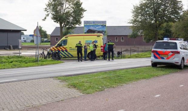 Bij een aanrijding op de Overloonseweg is een fietsster gewond geraakt. Foto: Albert Hendriks.