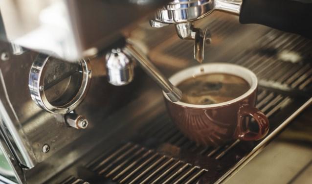 De nieuwe expositie in de museumwoning gaat over koffie en thee zetten.