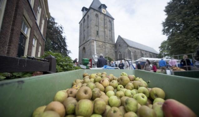 Van heerlijke appels maak je heerlijk appelgebak. En datis het thema van de Streekmarkt Twente op zaterdag 7 oktober. Foto: Lenneke Lingmont/Tubantia