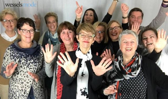 Het team van Wessels Mode heeft afgelopen week samen met klanten het 60-jarig jubileum gevierd.