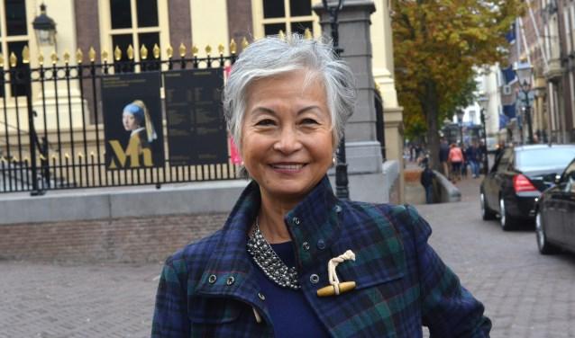 Marilyn Tinsay bij het Mauritshuis/Foto: Jos van Leeuwen