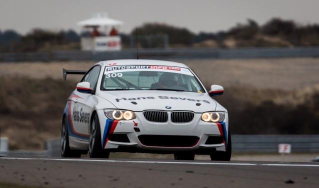 Severs en Knap reden voor het eerst sinds maart weer met hun BMW 320 diesel coupé.