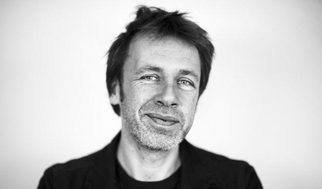 Ingmar Heytze schreef 'Tien vingers blind. Een ode aan de schrijfmachine'.