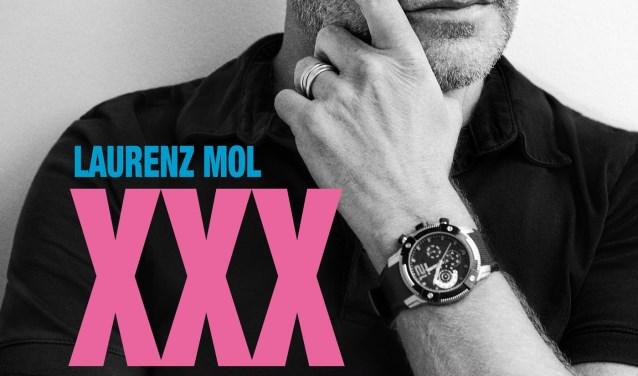 De titel van zijn boek houdt Laurenz Mol nog geheim tot de feestelijke presentatie op zondagmiddag 15 oktober bij Van Kemenade & Hollaers.