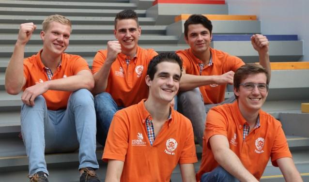 De vijf studenten doen mee aan de WorldSkills in Abu Dhabi