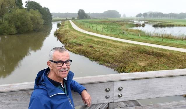 """Piet Kleingeld: """"Ik vind deze plek bij Engbergen een goed voorbeeld van waar mens en dier zich thuis kunnen voelen."""" (foto: Roel Kleinpenning)"""
