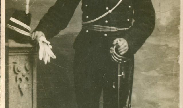Rijksveldwachter De Vos werd in februari 1929 eigenaar van het logement aan de Wagenstraat te Woerden.