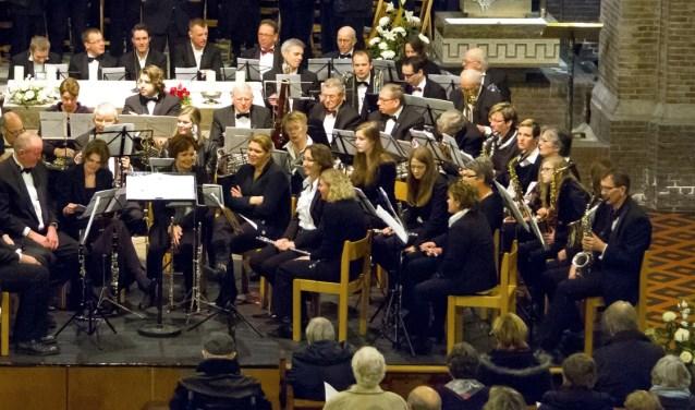 Het orkest van Muziekvereniging Eendracht-Excelsior gaat samen met het orkest van de Bornse Harmonie 'InConcert'.
