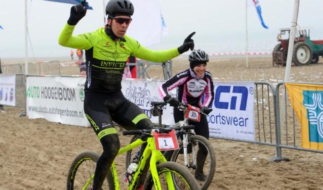 Op het E3-strand in Eersel wordt zondag 22 oktober de eerste editie van de Brabant Beach Battle gehouden.