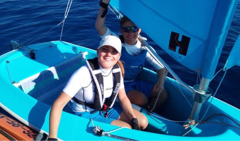 Inge en Olivier zijn erg blij, nadat ze in Genua net een wedstrijd hebben gewonnen.