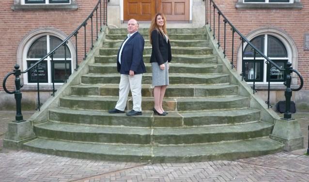 Steven van Alfen en Mari Ailo-Zaia richten zich op de toekomst van D66 Noordoost-Twente en op die van D66 in Oldenzaal.