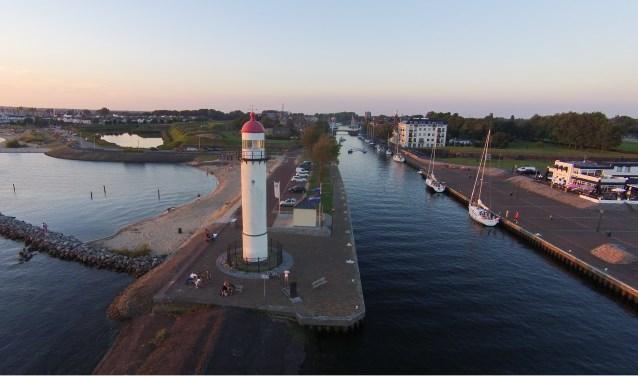 Meer zien van de luchtfoto's van Jelle? Kijk op www.jellevandenbos.nl