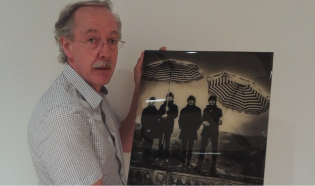 Museumconservator Arjan Kwakernaak in z'n nopjes met unieke Beatles tentoonstelling!