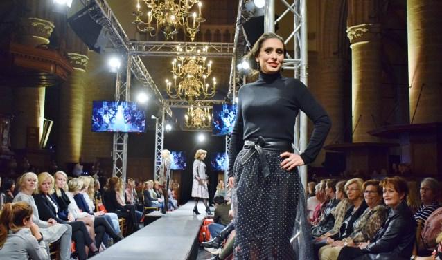 De modeshow werd een doorslaand succes (Foto: Martin van Gurp)