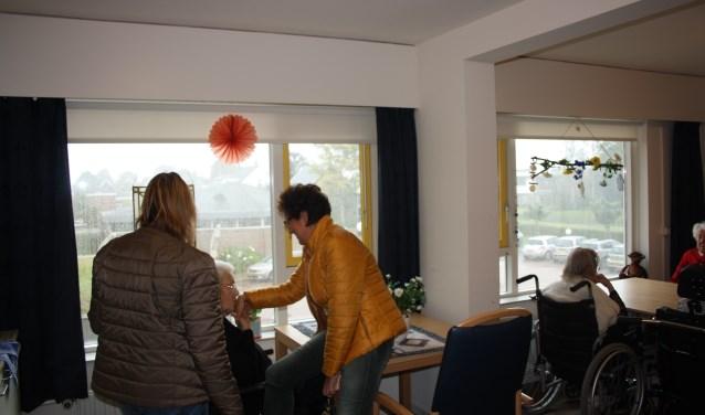 Het uitzicht van mevrouw Den Bulk in Huize Sint Petrus. In De Stander zijn kamers kleiner en hebben bewoners minder privacy.   Foto: GvL.
