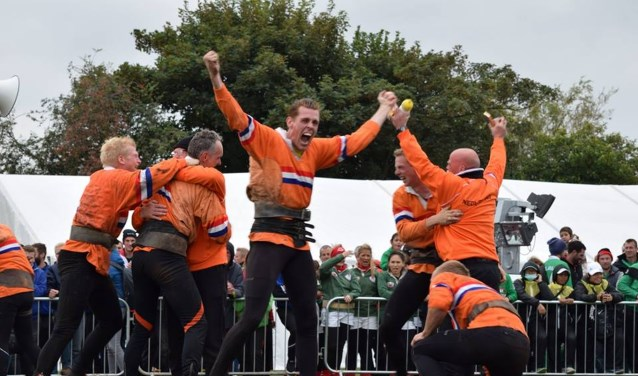 De Heren 640 kg trokken, na een zinderende finale tegen Zwitserland, een zilveren medaille over de streep.